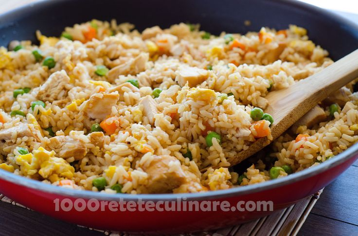 Pui prajit cu orez - http://1000reteteculinare.com/recipe/pui-prajit-cu-orez/