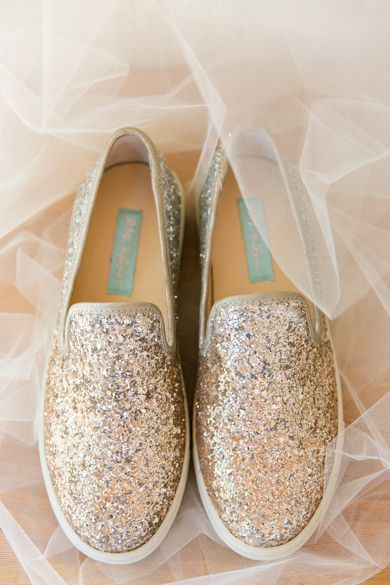 Sparkle Keds | Magnolia Plantation Carriage House Wedding by Charleston wedding photographer Dana Cubbage