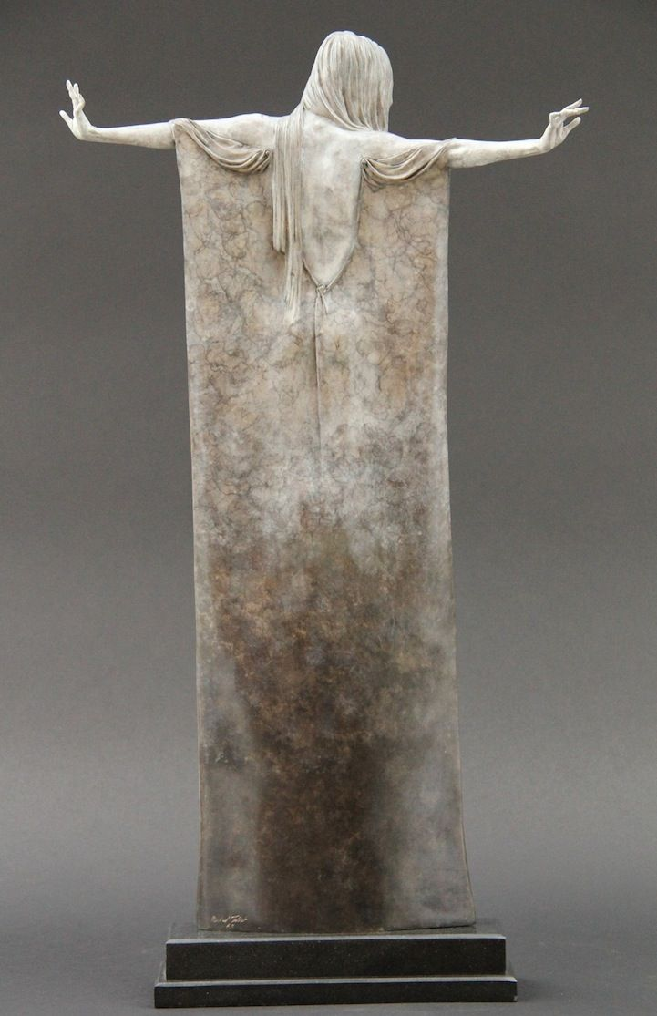 Beautifully Oxidized Bronze Sculptures of Elongated Women - My Modern Metropolis