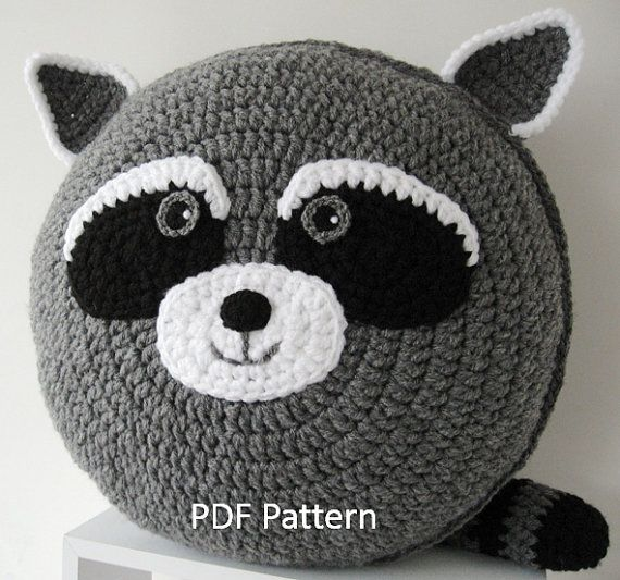 My cheeky Raccoon Cushion  PDF Crochet Pattern // A Pillow