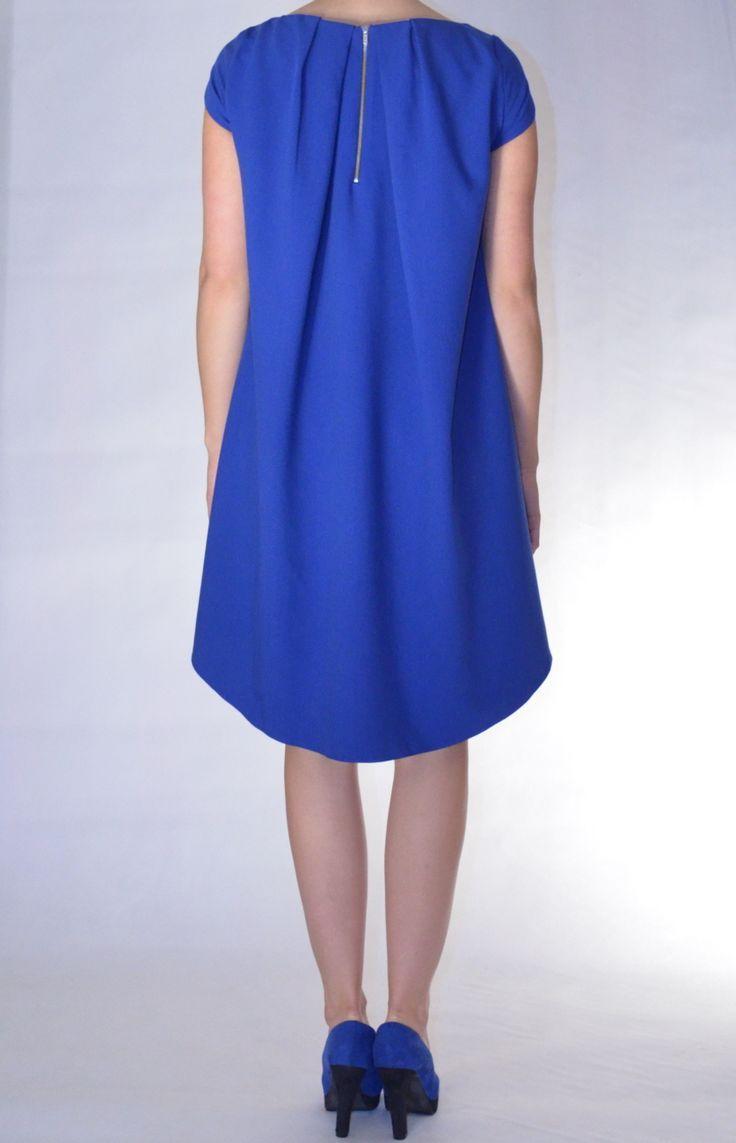 Asymetryczna sukienka Tolerant z ciekawym tyłem. Cocomero