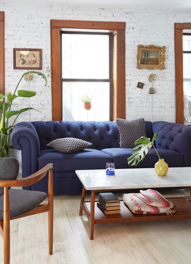 best 25 navy blue couches ideas on pinterest blue sofas living room decor navy blue and. Black Bedroom Furniture Sets. Home Design Ideas