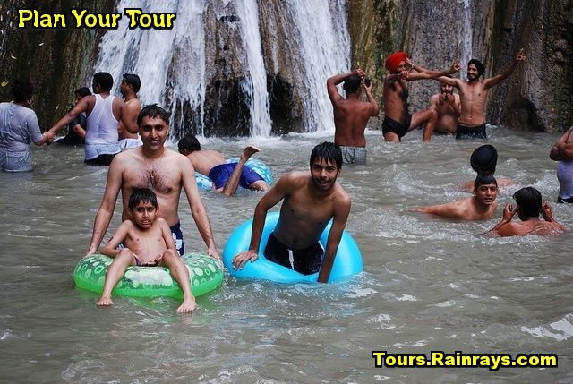 Tourist Attraction India: Kempty Falls Mussoorie