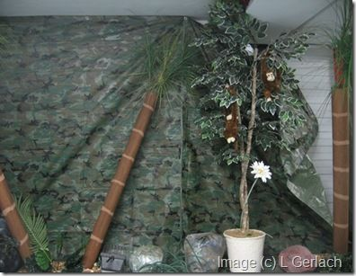 jungle party decorations camouflage wall