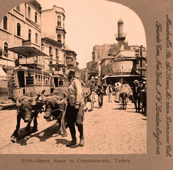 Necatibey Caddesi, Karaköy (1906) #İstanbulBeniBırakma #Magma @magmabaykus #istanlook