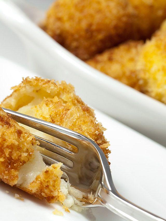 Cheesy Roasted Garlic Potato Balls Recipe