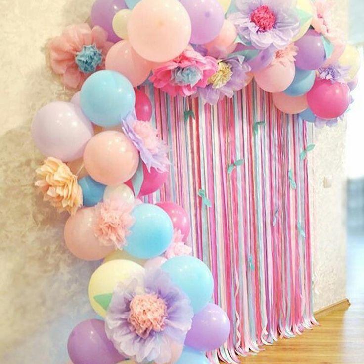 100均素材で簡単手作り♡可愛すぎるペーパーフラワーで結婚式を飾りつけ♩ | marry[マリー]