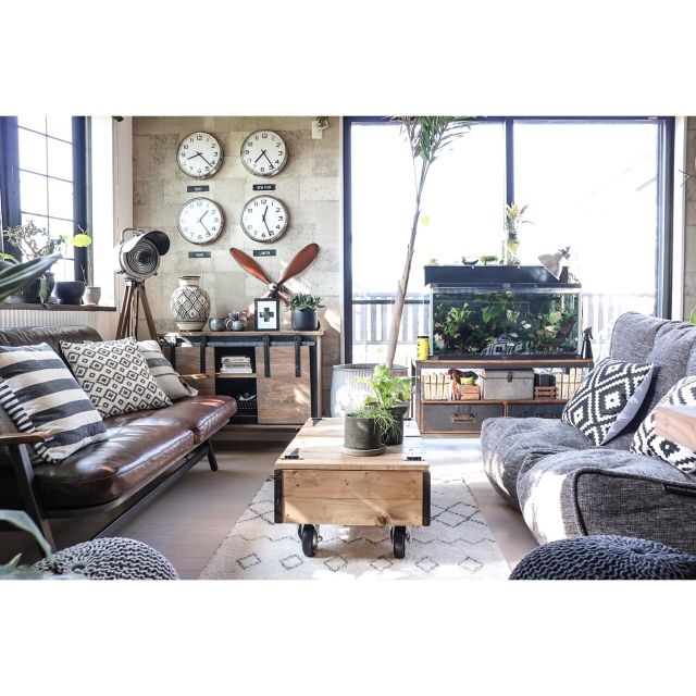 yupinokoさんの、Lounge,IKEA,アンティーク,DIY,ニトリ,オリジナル家具,DIY家具,ヴィンテージ,男前,セルフリノベーション,Rustic,ACME FURNITURE,アメブロやってます♡,スライディングドア,インスタやってます♡,水槽台溶接DIY,ambient lounge,DIYボード,DIY収納型カートテーブルについての部屋写真