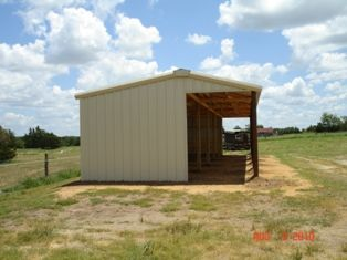 726 best images about barns on pinterest indoor arena for How far is waco texas from houston texas