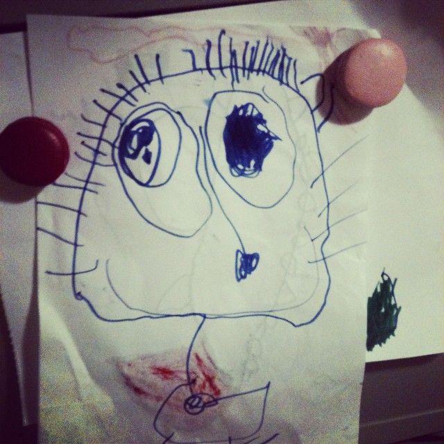 Questa sono io!#ritratto #disegno #piccoliartisti #picoftheday #photooftheday #gdisegna #mamma