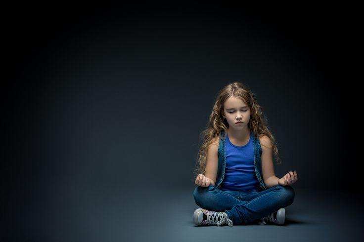 Comment initier les enfants et adolescents à la méditation pleine conscience