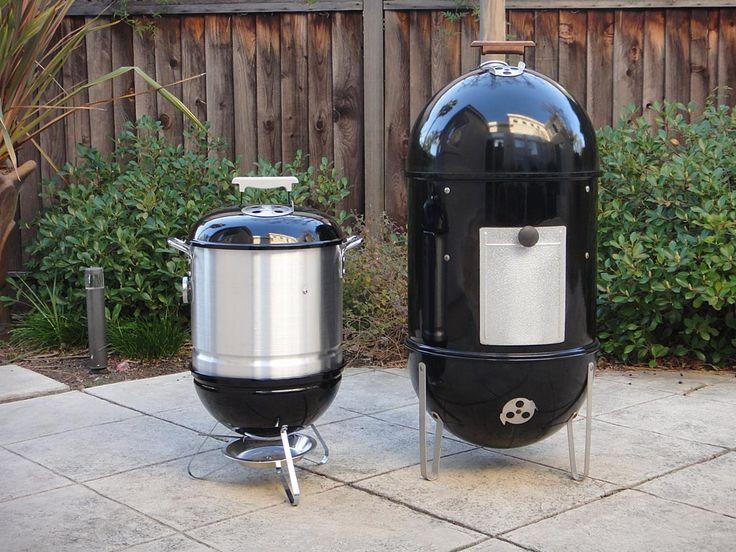 side by side view of smokey joe mini wsm 18 1 2 wsm asado bbq grilling meat. Black Bedroom Furniture Sets. Home Design Ideas