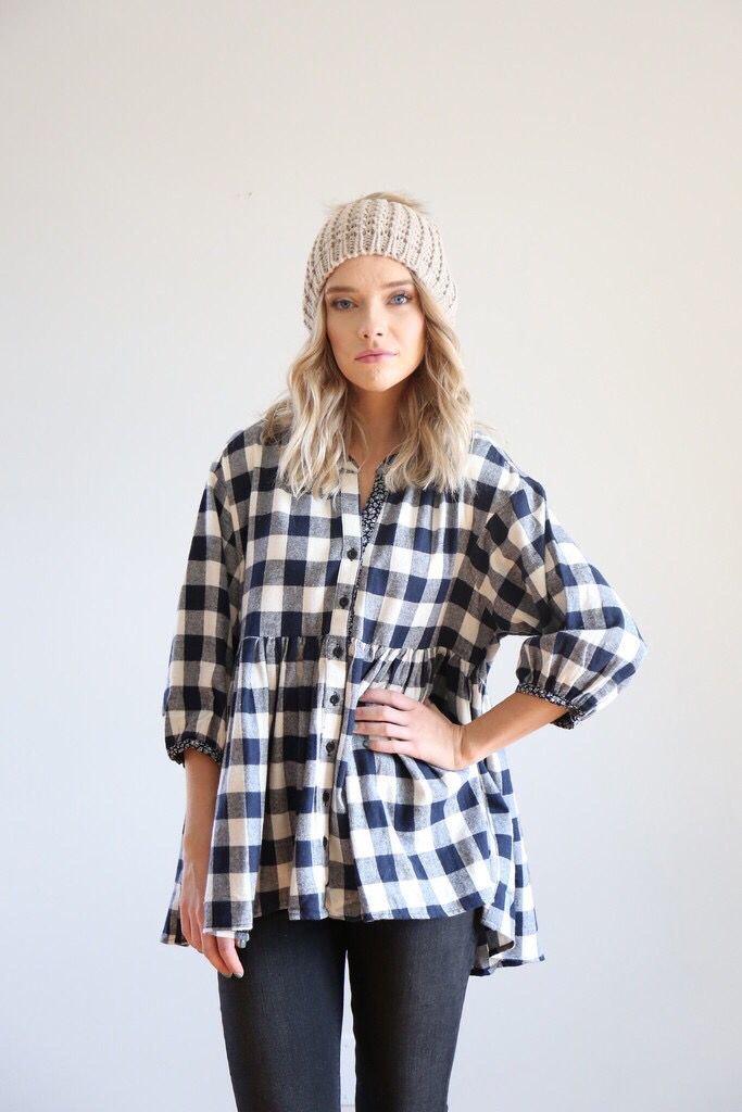 Love this Piper and Scoot plaid. Such a classy, simple look that could easily be dressed up! #piperandscoot