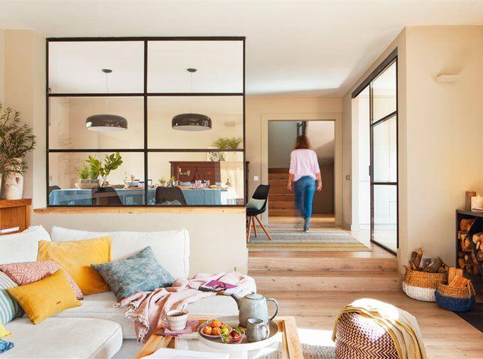 Salones Muebles De Salon Para Un Resultado De Revista El Mueble Salones Rectangulares Pared Cristal Ideas De Diseno De Interiores