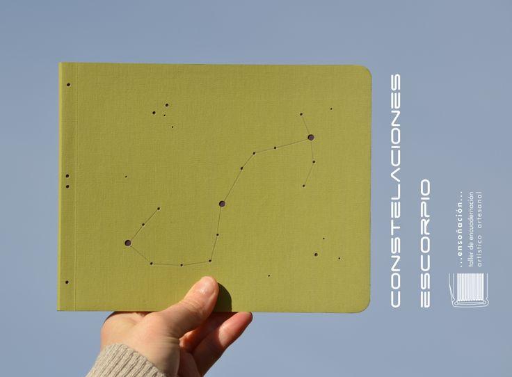 • constelaciones •  • Libretas tapa flexible • Cubierta de tela y papel de gramaje alto • Guardas con tramas • 50 hojas ahuesadas de 80grs • Tamaño 20 x 16cm • Esquinas redondeadas • Por el tipo de encuadernación, permite una apertura de 180°