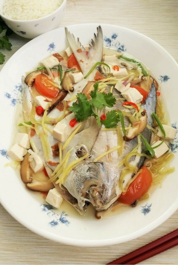 Delicious Teochew Steamed Fish using silver pomfret. The broth is good to the last drop!