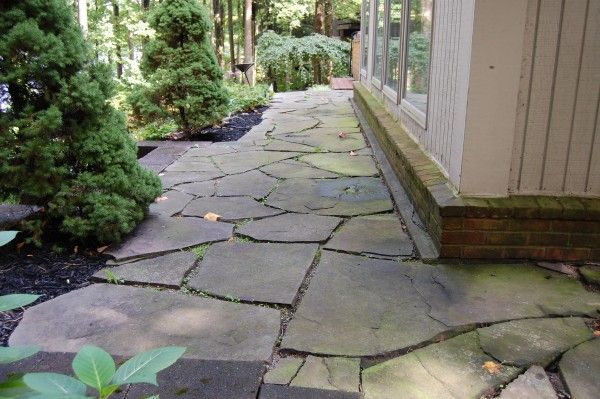 17 best images about landscape ideas on pinterest custom - River stone walkway ideas seven diy projects ...