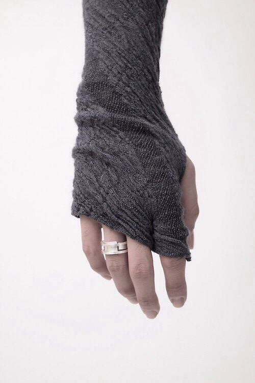 Lumen Et Umbra | Fingerless Gloves