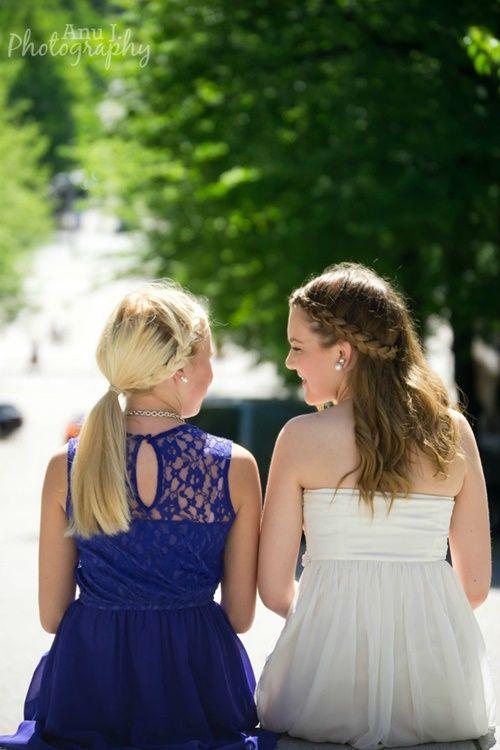 Friendship!  http://anunkameralla.blogspot.com