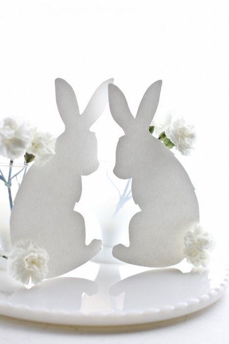 Link to FREE Printable Bunny Rabbit Template to Make White Rabbit Silhouettes with Carnation Cotton Tails Centerpiece.  Can also make Custom Personalized Easter Place Setting Cards & Easter Menu.