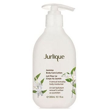 【ジャスミンの濃厚で高貴な香り】ジュリーク   ボディケアローション ジャスミン ***軽い付け心地でお肌にすっとなじむボディローション。ハチミツ、マシュマローなどの成分が、肌に極上の潤いを与えます。ジャスミンの濃厚で高貴な香りで体を包み込みます。