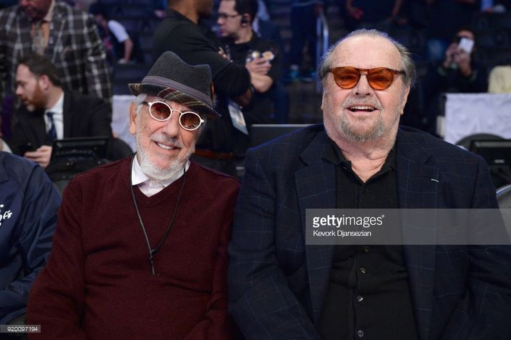 News Photo : Lou Adler and Jack Nicholson attend the NBA...