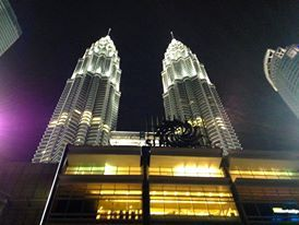 How many light here ! Petronas Tower. Malaysia
