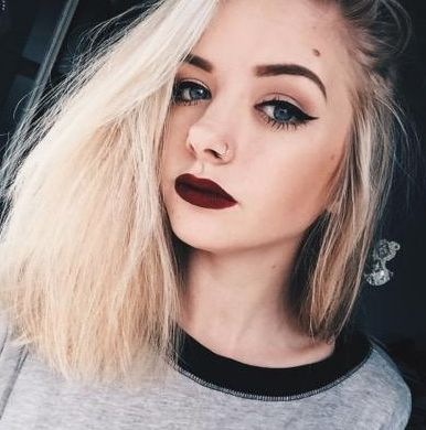 Best YouTube Beauty Gurus For The Makeup-Impaired: Maddi Bragg - click to see the others!