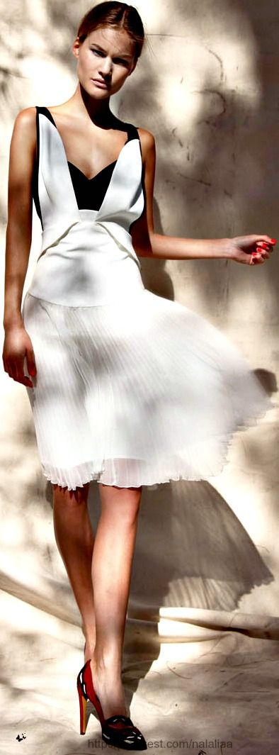 Dress Antonio Berardi, Shoes Isabel Marant