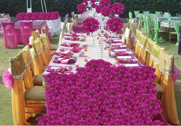 Buganvilias long table