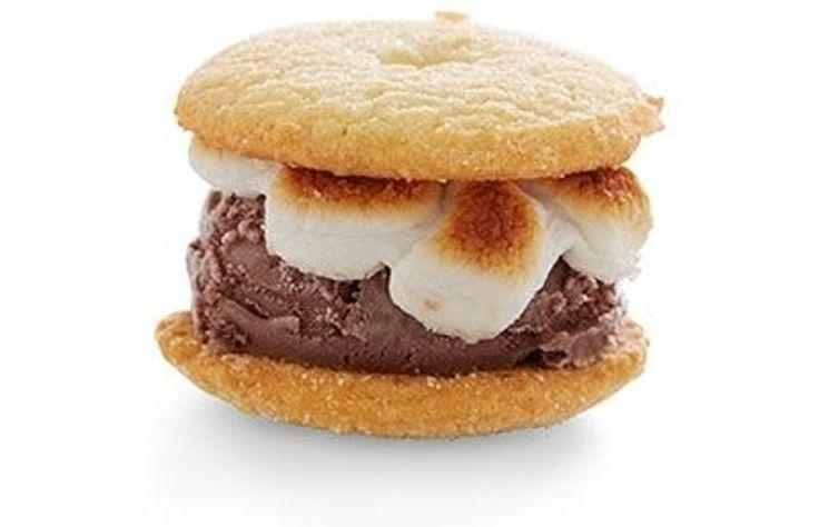 37. #nappé de crème #glacée sandwich - 60 #sandwichs de crème glacée que vous #voudrez Wolf down... → Food