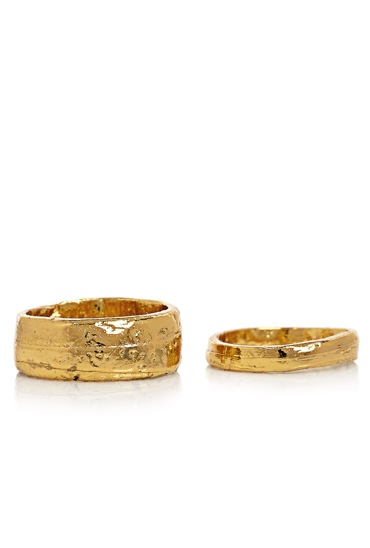 Set of 2 gold rings