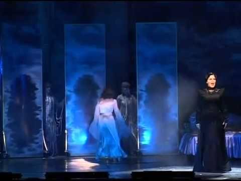 Rebecca-A Manderley-ház asszonya musical 2.felvonás_1 - YouTube