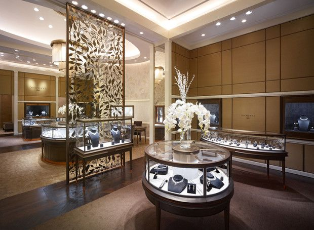Modern Day Store Of Luxury Dhamani 1969 Jewellery In The Dubai Mall