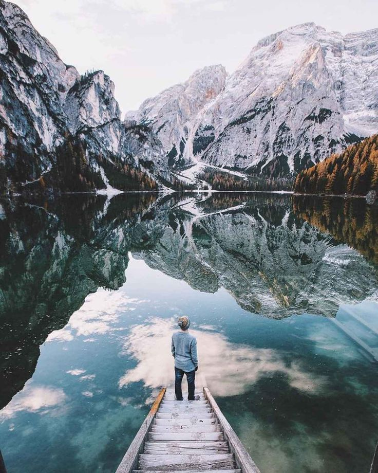 This 16-Year-Old Has the Most Epic Travel Inspired Instagram Feed Ever…