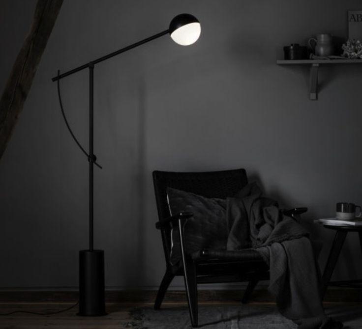 1000 id es propos de lampadaire salon sur pinterest lampadaire interieur lampadaire. Black Bedroom Furniture Sets. Home Design Ideas