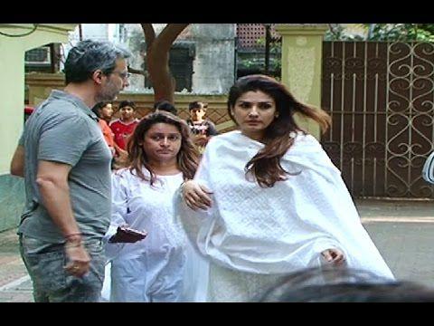Raveena Tandon at Shilpa Shetty's father's funeral.