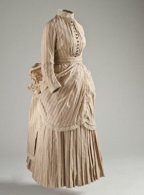 Museum Exhibit: Fashioning Fashion: European Dress in Detail                                                                                                                                                                                 More