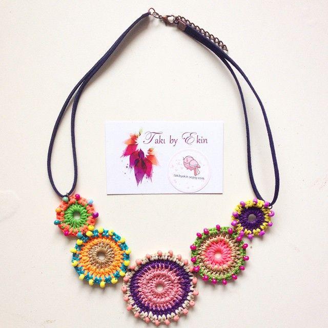 Thread crochet jewelry - brilliant!