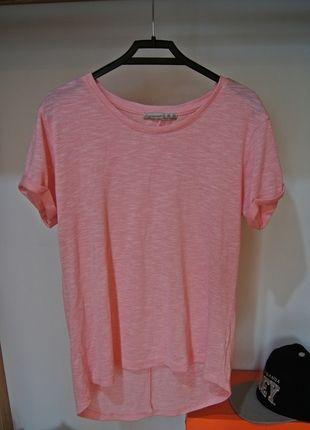 Kup mój przedmiot na #vintedpl http://www.vinted.pl/damska-odziez/bluzki-z-krotkimi-rekawami/14724109-bluzka-rozowa-atmosphere-basic-koszulka-must-have