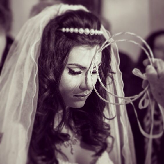 Bride orthodox wedding Santorini Greece crown veil