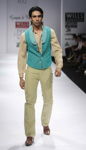 """Wills Lifestyle India Fashion Week SS 2010"" Day 4 by Gunjan & Rahul #Fashion #WillsLifestyle"