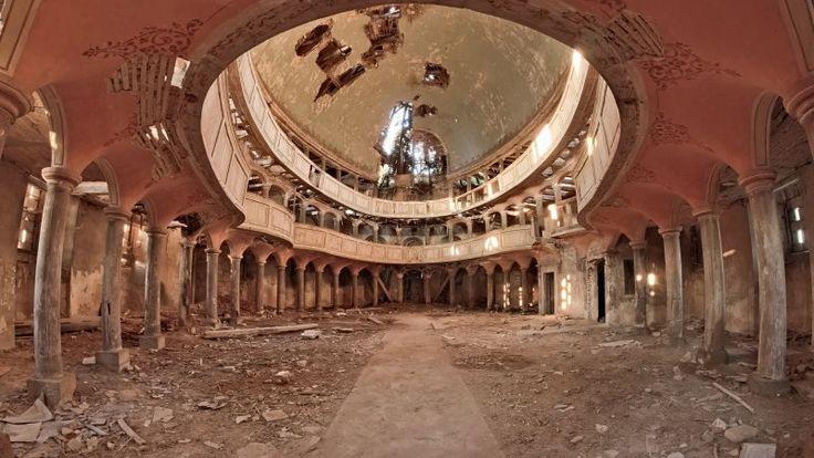 Żeliszów, opuszczony kościół