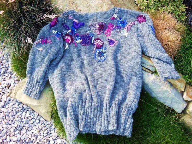 handmade alpaca sweater by Agata Gadek - www.manufakturaubioru.decoart.pl