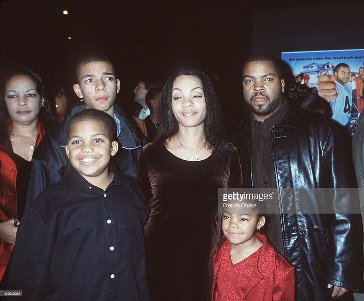 Hollywood, CA. Ice Cube (top right) and family at the premiere of his new movie, 'Next Friday.' Ice Cube wrote and produced the movie. Photo by Brenda Chase Online USA, Inc.
