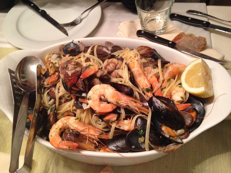 Linguine s plody moře.... Slavky, srdcovky a krevety