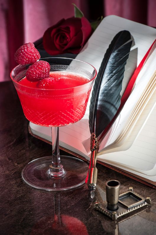 Friday Cocktail: Pinkster Gin's Valentine's Day Cocktails are absolutely GORGEOUS! Click for recipes... | Vinspire