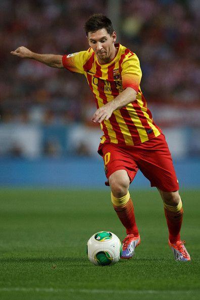958 best FC Barcelona images on Pinterest   Neymar jr ... Football Player Messi 2013