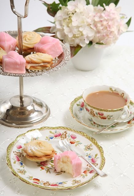 there is nothing like high tea. Delicious!