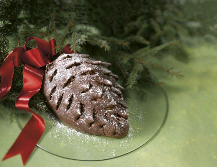 Kuuluuko käpykakku joulupöytääsi? Nappaa talteen  laktoositon ja gluteeniton resepti, joka sopii usealle juhlijalle: http://www.dansukker.fi/fi/resepteja/kapykakku-%28laktoositon--gluteeniton%29.aspx #kapykakku #piparkakku #ohje #resepti #joululeivonnaiset